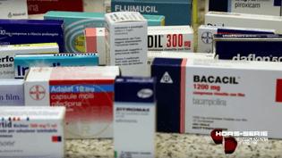 """La """"boîte à pharmacie"""" de la Juventus (FRANCE 2 / FRANCETV INFO)"""