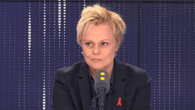 Muriel Robin incarne Jacqueline Sauvage dans un téléfilm diffusé sur TF1 lundi 1er octobre 2018. (FRANCEINFO / RADIOFRANCE)