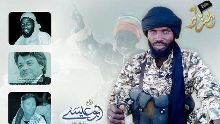 Tract du groupe jihadiste malien Al-Mourabitoun où apparaît Jean-Louis Borloo, repéré, le 5 septembre 2015, sur Twitter, par le journaliste David Thomson. (AL-MORABITOUN / DAVID THOMSON / TWITTER)