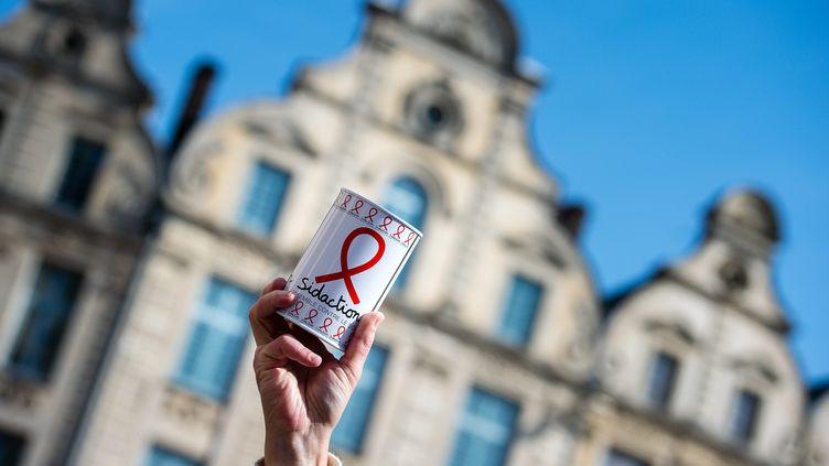 Journée nationale de collecte du Sidaction, en 2017 à Arras. (BONNIERE PASCAL / MAXPPP)