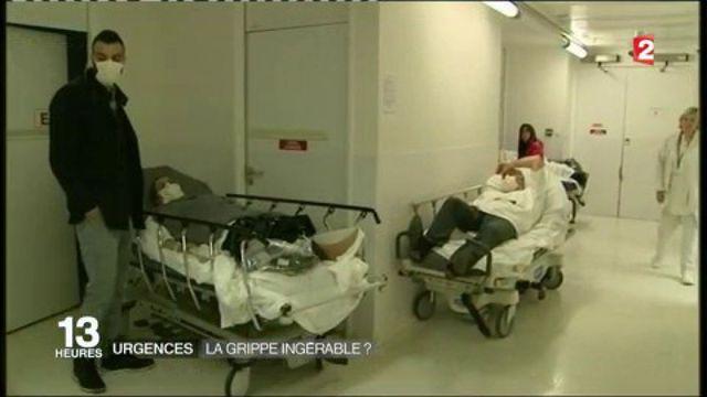 Faire de la place coûte que coûte. Aux urgences de Lille (Nord), il y avait 35% d'activité en plus à cause de la grippe, mercredi 11 janvier. Pour les patients, il faut compter deux heures d'attendre en moyenne. Le temps que les soignants réussissent à leur trouver un lit. Des patients qui arrivent la plupart du temps dans des état de fatigue avancé.