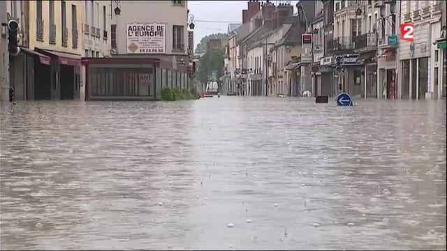 Inondations : la solidarité se met en place à Nemours