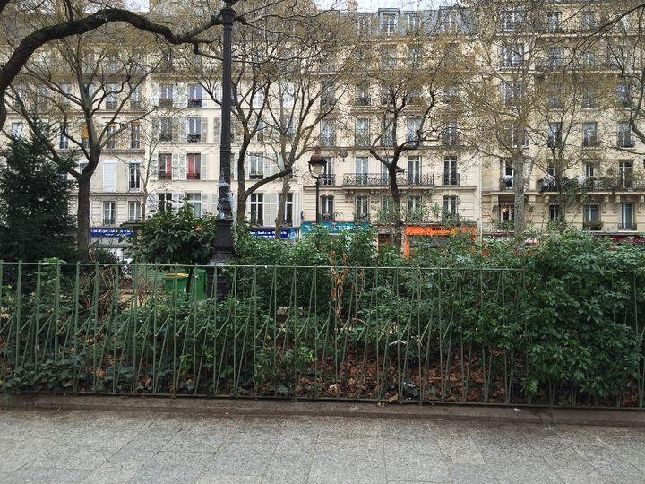 Le boulevard Richard Lenoir, dans le 11e arrondissement, photographié par Sarah Gensburger. (SARAH GENSBURGER)