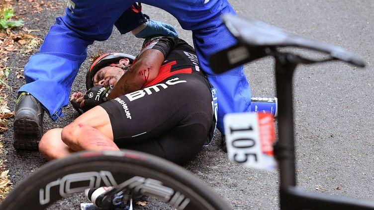 Richie Porte a été contraint à l'abandon après sa chute dans la descente du Mont du Chat.  (DE WAELE TIM / TDWSPORT SARL)