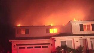 Un problème électrique serait à l'origine des feux en Californie. (FRANCEINFO)