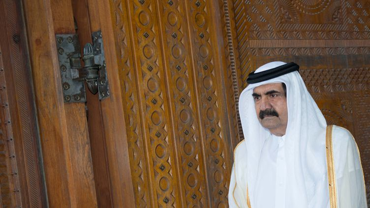 L'émir du Qatar,cheikh Hamad ben Khalifa Al Thani, le 23 juin 2013, à Doha. (BERTRAND LANGLOIS / AFP)