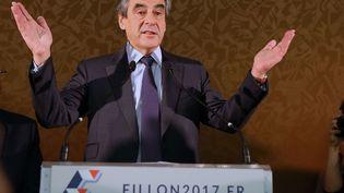 François Fillon à la Maison de la Chimie, à Paris, le 22 novembre. (ALFONSO JIMENEZ/SHUTTER/SIPA / REX)