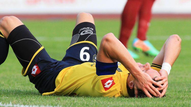 Edouard Butin, ici au sol, retrouvera-t-il la Ligue 1 dès cette saison ?  (JEAN FRANCOIS FREY / MAXPPP)
