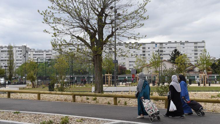 Le quartier du Terraillon à Bron, près de Lyon (Rhône). (PHILIPPE DESMAZES / AFP)