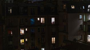 Des immeubles parisiens, le 15 octobre 2020, avant l'entrée en vigueur du couvre-feu dans toute l'Ile-de-France, le 17 octobre 2020. (CLARISSE GALLOIS / HANS LUCAS / AFP)