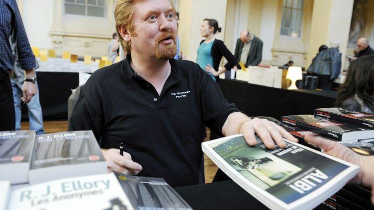 RJ Ellory, le 25 mars 2012 lors du festival lyonnais Quais du polar, à Lyon. (PHILIPPE DESMAZES / AFP)
