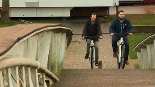 Vélos à hydrogène à Saint-Lô (Manche). (FRANCE 3)