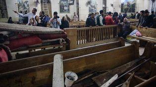 Les dégâts à l'intérieur de l'église Mar Girgis, dimanche 9 avril 2017 à Tanta (Egypte). (STRINGER / AFP)
