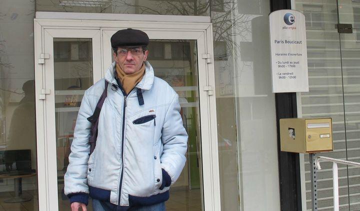 Gilles, 51 ans, au RSA, doit se contenter de petits contrats d'intérim depuis 2008. (FRANCETV INFO)