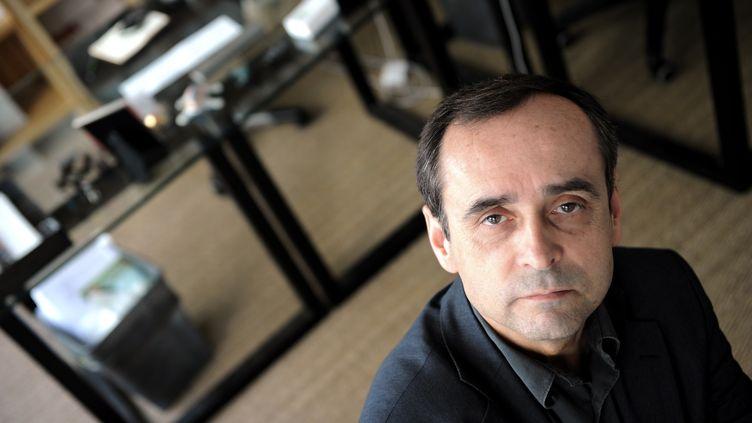 Le fondateur et ancien secrétaire général de Reporters sans frontières (RSF) Robert Ménard, le 8 avril 2011 à Paris. (FRANCK FIFE / AFP)