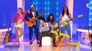 Capture d'écran de la vidéo de présentation du groupe Twin Twin, candidat de la France à l'Eurovision 2014. (CAPTURE D'ÉCRAN FRANCE 3)