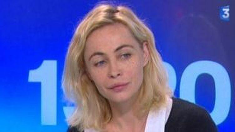 """Emmanuelle Béart au soir de sa vie dans """"Ma compagne de nuit""""  (Culturebox)"""