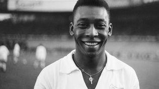 Le footballeur brésilien Pelé au stade de Colombes (Hauts-de-Seine), le 13 juin 1961. (- / AFP)