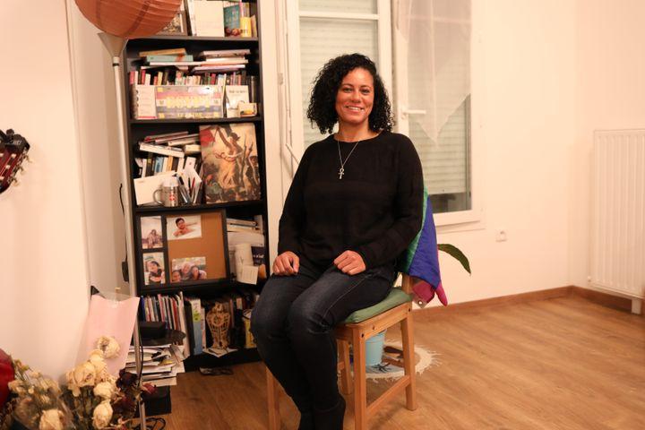 Shahinaz chez elleen région parisienne, le 26 janvier 2021. (ELISE LAMBERT / FRANCEINFO)
