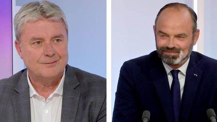 Les candidats au second tour des élections municipales au Havre (Seine-Maritime), Jean-Paul Lecoq et Edouard Philippe, lundi 22 juin 2020 sur le plateau de France 3 Normandie. (FRANCE 3 NORMANDIE)