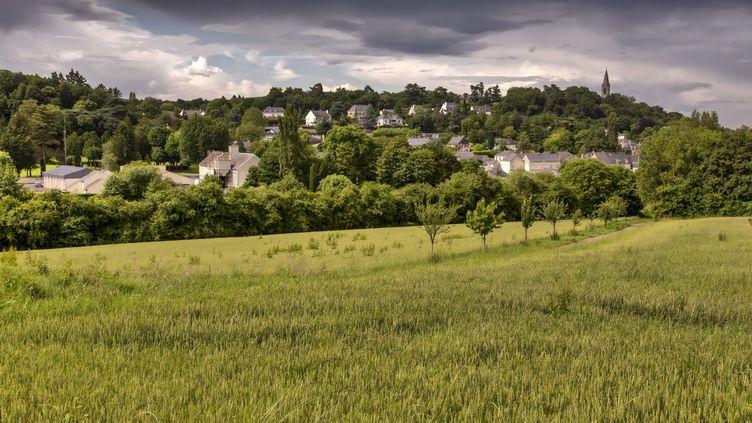 Un ciel d'orage dans les Pays de la Loire le 16 juin 2016. (CHRISTIAN WATIER / MAXPPP)