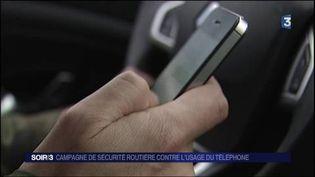 Le téléphone au volant cause de nombreux accidents. (FRANCE 3)
