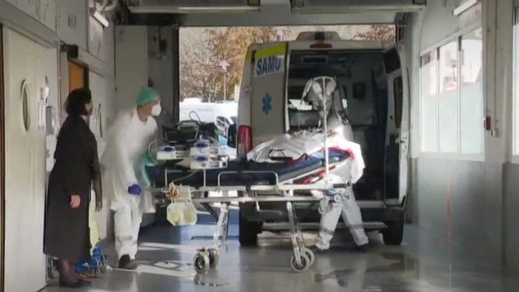 Coronavirus : en Moselle, des patients transférés vers Allemagne (FRANCEINFO)