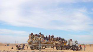 Les migrants des pays subsahariens vers l'Europe quittent Agadez (Niger), le 4 janvier 2016 (DESIREE VON TROTHA / PICTURE ALLIANCE / REUTERS)