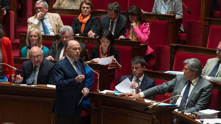 Le ministre de l'Intérieur,Bernard Cazeneuve, pendant les questions au gouvernement, à l'Assemblée nationale,le 15 avril 2015. (WITT/ SIPA)
