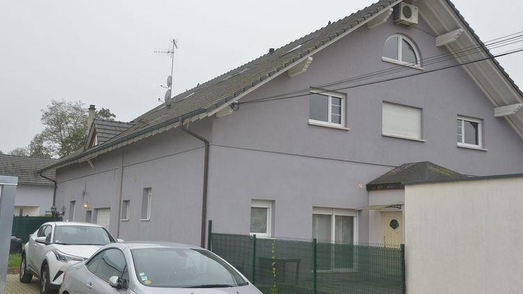 Le domicile de la victime et de son agresseur présumé à Oberhoffen-sur-Moder me 12 novembre 2019. (FRANCK KOBI / MAXPPP)