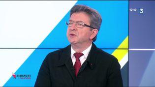 """Jean-Luc Mélenchon sur le plateau de """"Dimanche en politique"""", dimanche 21 mai. (FRANCE 3)"""