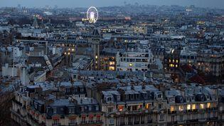 A Paris, le 19 décembre 2016. Se loger dans la capitale est devenu de plus en plus difficile, avec la flambée des prix de l'immobilier. (JOEL SAGET / AFP)