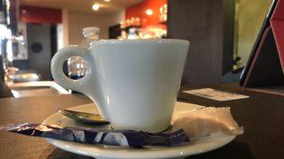 Une tasse de café. Photo d'illustration. (AURÉLIEN ACCART / RADIO FRANCE)
