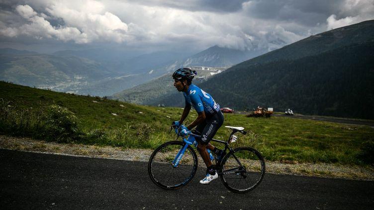 Nairo Quintana sur les pentes du col du Portet lors du Tour de France 2018. (JEFF PACHOUD / AFP)