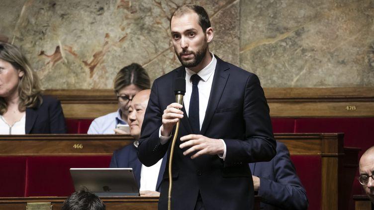 Dimitri Houbron, lors d'une séance de questions au gouvernement à l'Assemblée nationale, le 16 mai 2018. (VINCENT ISORE / MAXPPP)