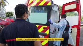 Les pompiers de Guadeloupe face au coronavirus (FRANCEINFO)