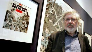 Jacques Tardi lors d'une exposition de ses oeuvres au Mémoriel de la Grande Guerre de Péronne dans la Somme en 2009.  (Alain Julien / AFP)