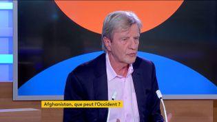 Bernard Kouchner, le jeudi 23 septembre sur la chaîne franceinfo. (FRANCEINFO)