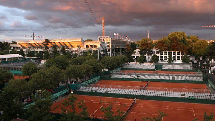 Les courts de Roland-Garros, dont le court Philippe Chatrier, vus du court Suzanne Lenglen (ALEXEY KUDENKO / RIA NOVOSTI)