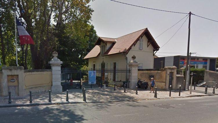 L'agression s'est produite en pleine rue, près de la mairie du 9e arrondissement de Marseille. (GOOGLE STREET VIEW)