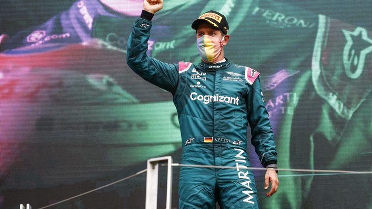 Sebastian Vettel, deuxième du Grand Prix de Hongrie, a finalement été disqualifié dimanche 1er août. (XAVI BONILLA / XAVI BONILLA / AFP)