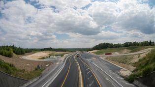 Le viaduc de l'A85, près deLangeais (Indre-et-Loire), le 12 juillet 2018. (GUILLAUME SOUVANT / AFP)