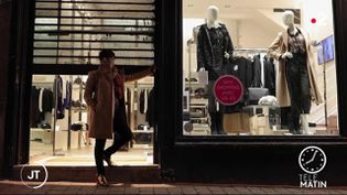 Les commerçants craignent de devoir baisser le rideau. (France 2)