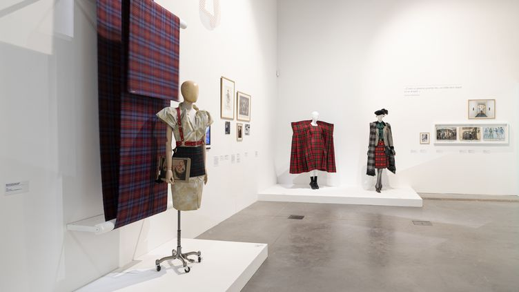 """Exposition """"Vêtements modèles"""" au Mucem à Marseille en 2020 (ALDO PAREDES)"""