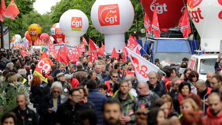 Des manifestants à Paris le 9 mai 2019. (THOMAS SAMSON / AFP)