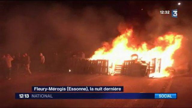 Fleury-Mérogis : les gardiens de prison à bout