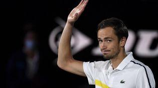 Le Russe Daniil Medvedev après sa défaite en finale de l'Open d'Australie contre Novak Djokovic, à Melbourne le 21 février 2021 (PAUL CROCK / AFP)
