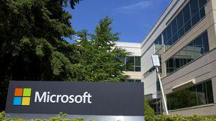 Le siège de Microsoft à Redmond (Etats-Unis), photographié le 17 juillet 2014. (STEPHEN BRASHEAR / GETTY IMAGES NORTH AMERICA / AFP)