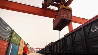 Le fret ferroviaire a explosé entre la Chine et l'Europe durant la crise sanitaire. Une nouvelle route de la soie a vu le jour en 2019, utilisée par de plus en plus d'entreprises françaises. (CAPTURE ECRAN FRANCE 2)