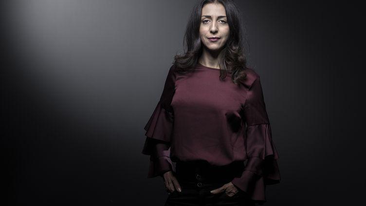Henda Ayari, l'une des trois femmes qui accusent de viols l'islamologue Tariq Ramadan, à Paris, le 24 novembre 2017. (JOEL SAGET / AFP)